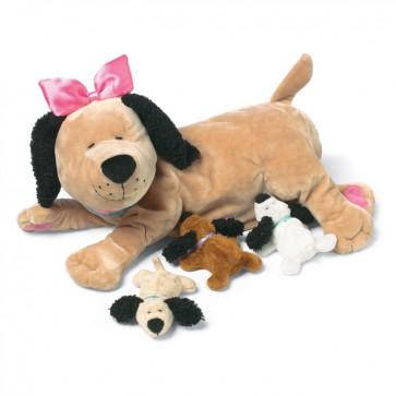 Mamma cagnolina Nana con cuccioli