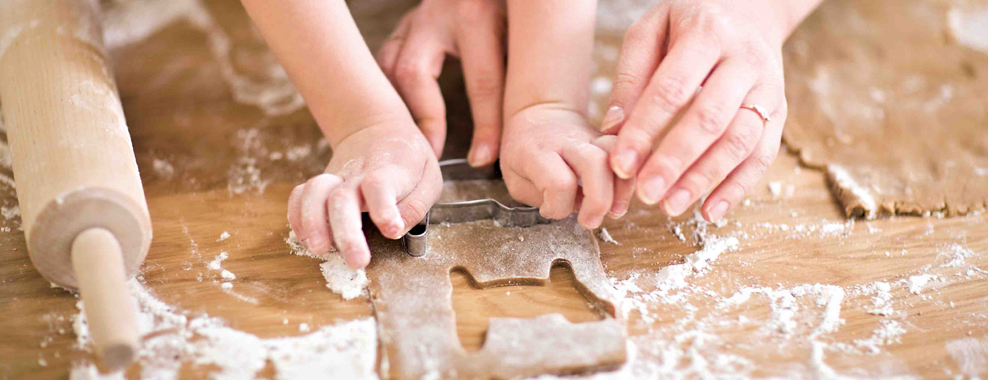 Loncek Kuhaj - Otroški pripomočki za peko